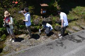 鰈山清水の採取