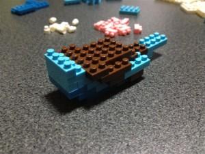 ナノブロック組み立て中