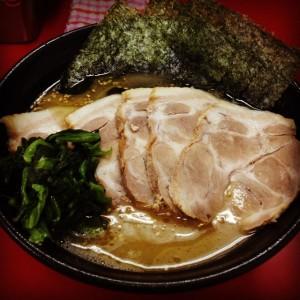 横浜ラーメン『一二三家』の感想