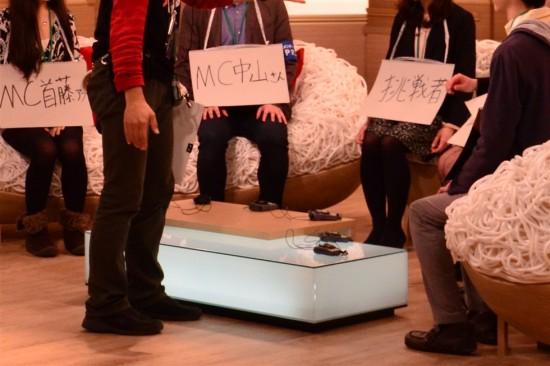 MCの中山秀征さん、NHKの首藤奈知子アナウンサー、そしてサードシーズン第一回の出演者・吉木りささんの3名へインタビュー