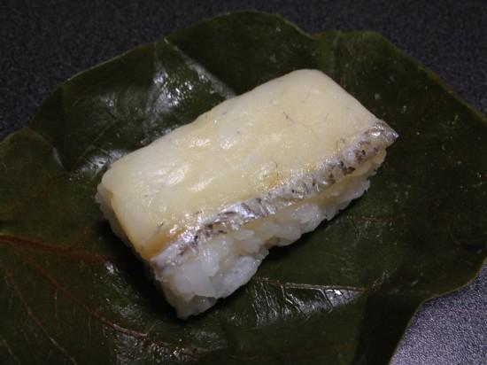 柿の葉寿司『たい』