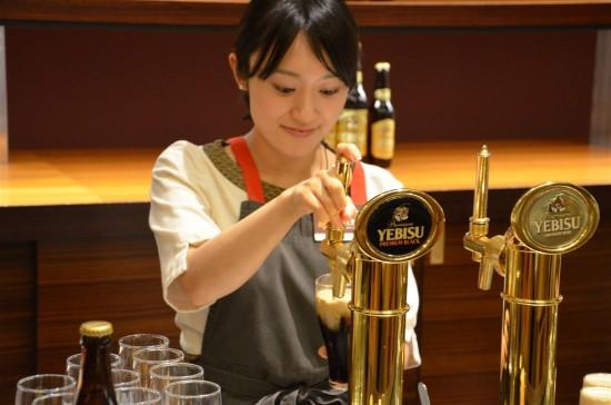 ヱビスビールは通常のビールの約1.5倍の熟成期間を経て製造されます