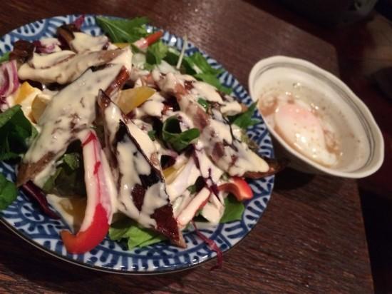 秋刀魚の身を用いたシーザーサラダ
