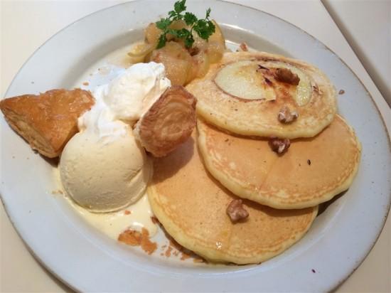アップルシナモンとストロベリーのパンケーキの感想