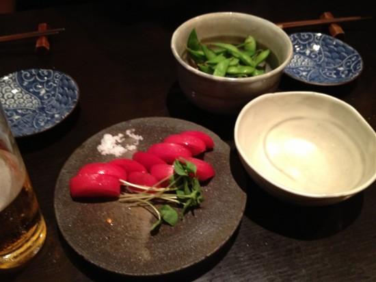 枝豆と冷やしトマト