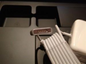 MagSafe 2電源アダプタのコネクタ部分