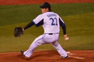先発はエースの高崎健太郎投手