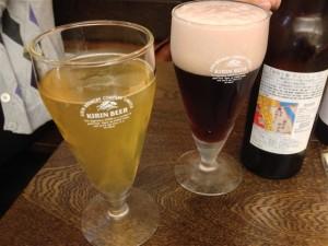麻布十番地ビールをグラスに注いでみたところ
