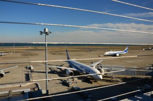 羽田空港第2ビル(2012/12/06)