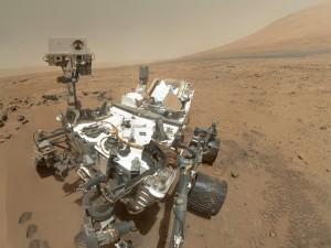 高画質な火星探査車の自画撮り画像