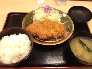 松乃家のロースとんかつ定食
