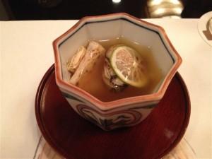 焼いた牡蠣と湯葉の吸物