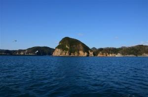 続・遊覧船から島々を撮影。18-105mm f/3.5-5.6G プログラム(F11・1/125秒)・ISO-100